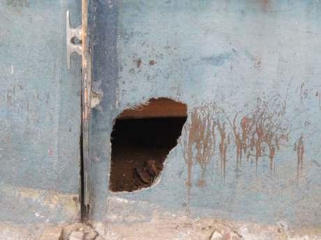 Hole in Uma's hull